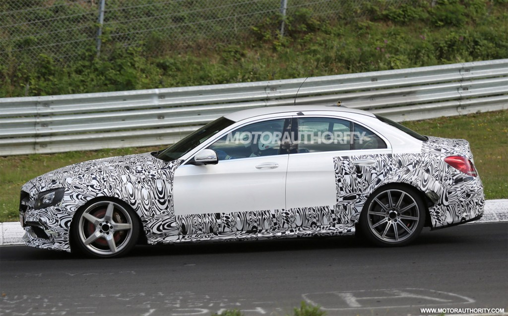 2017 mercedes amg e63 spy shots for Mercedes benz e class amg 2017