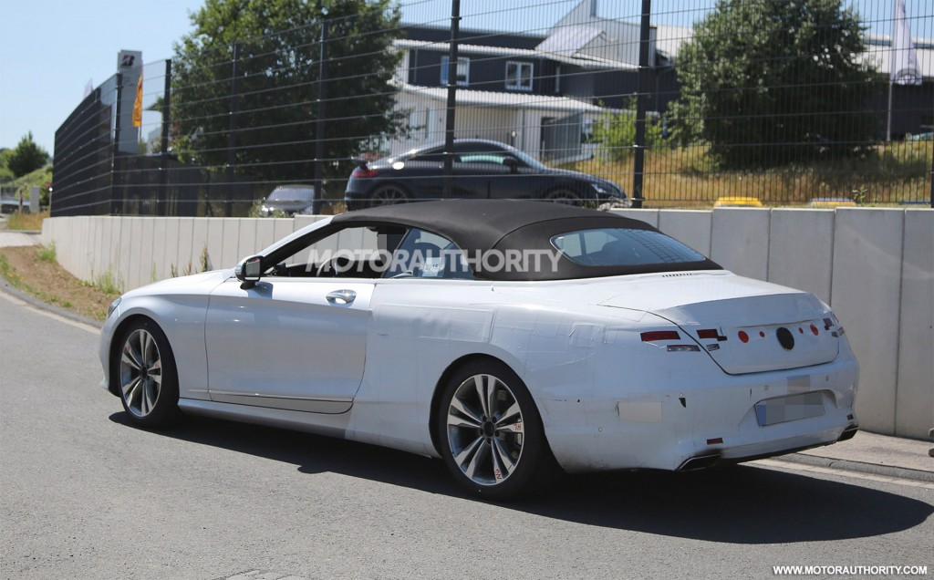 2017 mercedes benz s class cabriolet spy shots for Convertible mercedes benz 2017