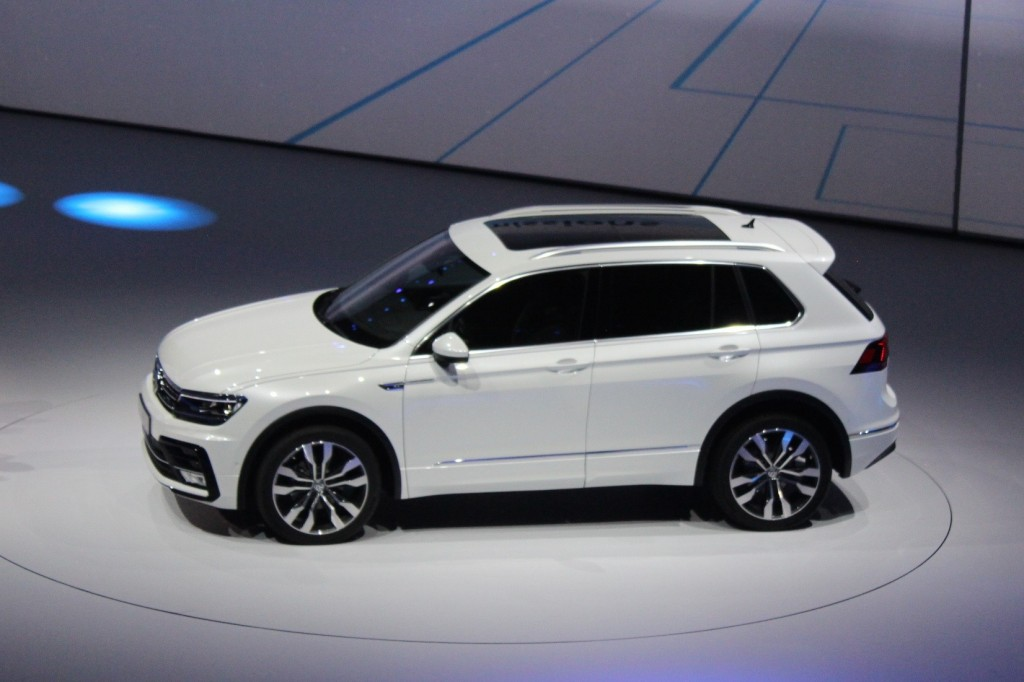 2017 vw tiguan suv aims for u s with third row higher mpg page 2. Black Bedroom Furniture Sets. Home Design Ideas