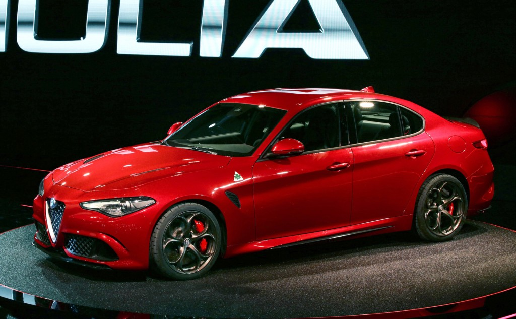 mamma mia the new alfa romeo giulia finally revealed. Black Bedroom Furniture Sets. Home Design Ideas