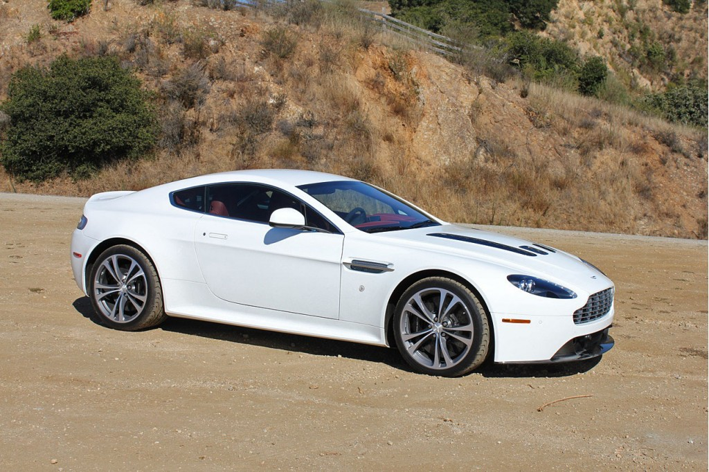 first drive 2010 aston martin v12 vantage. Black Bedroom Furniture Sets. Home Design Ideas