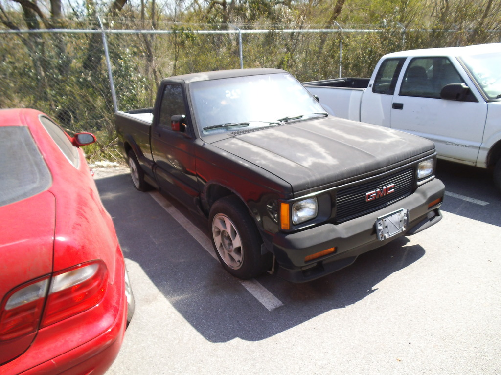 Storage Wars Atlanta Has A 1991 GMC Syclone Up For Auction