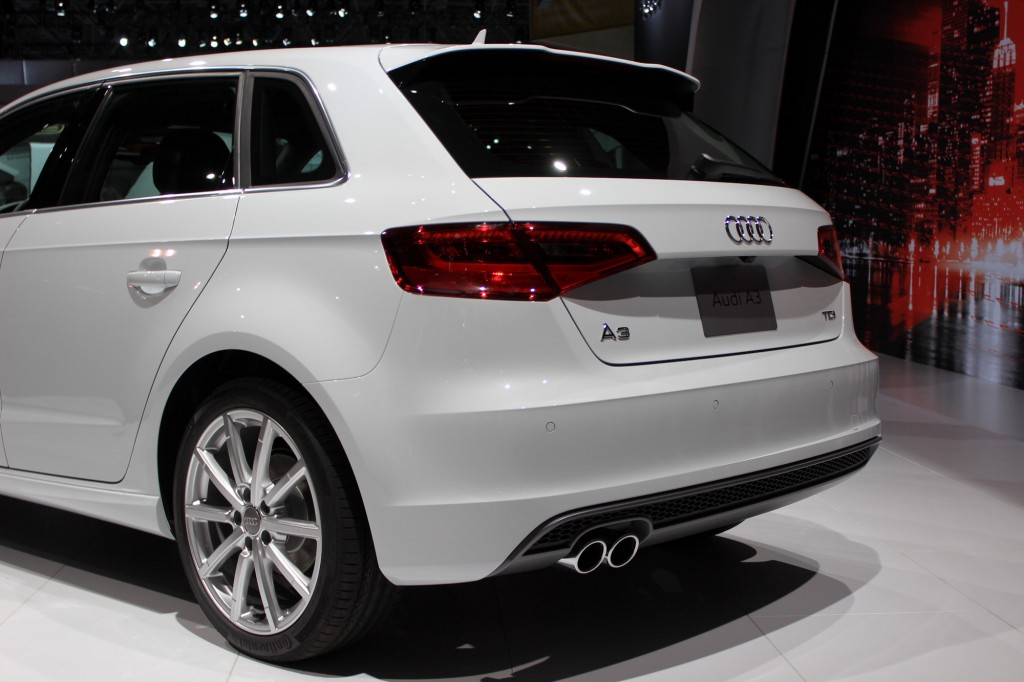 audi a3 tdi sportback unveiled at ny show to join sedan model next year live photos. Black Bedroom Furniture Sets. Home Design Ideas