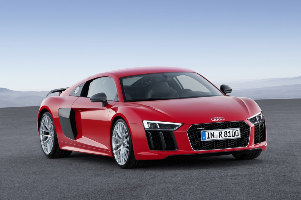 ... image appeared in the following articles: 2017 Audi R8 First Drive