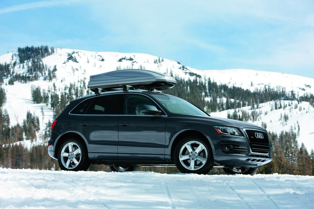 2009 audi q5 pictures photos gallery motorauthority. Black Bedroom Furniture Sets. Home Design Ideas