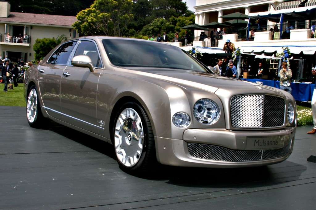 first 2011 bentley mulsanne sells for 550 000 at auction. Black Bedroom Furniture Sets. Home Design Ideas
