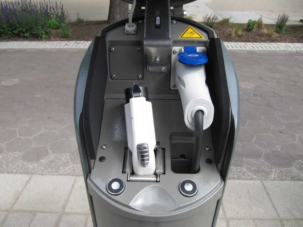 Indianapolis electric car sharing we drive blueindy 39 s for Electric motor repair indianapolis