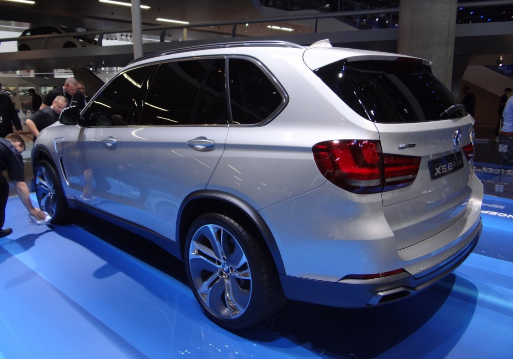 image bmw concept x5 edrive 2013 frankfurt auto show size 1024 x 716 type gif posted on. Black Bedroom Furniture Sets. Home Design Ideas