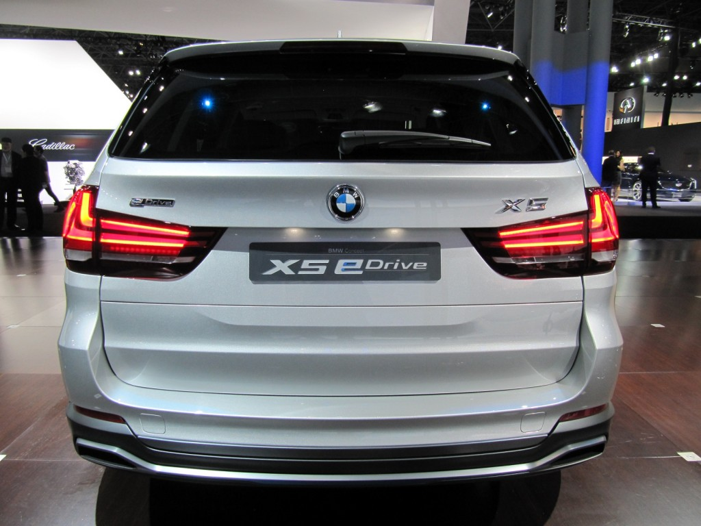 bmw concept x5 edrive updated for new york auto show photos. Black Bedroom Furniture Sets. Home Design Ideas