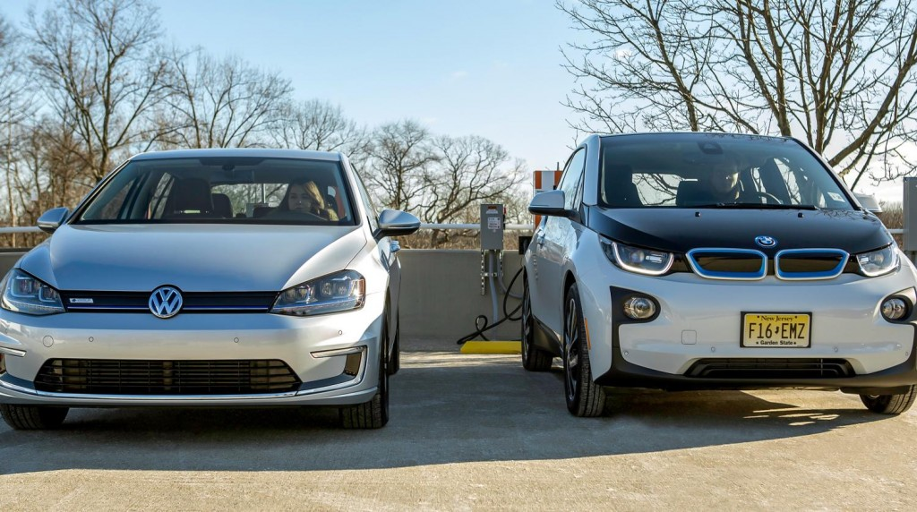 Image Bmw I3 And Volkswagen E Golf Electric Cars Using