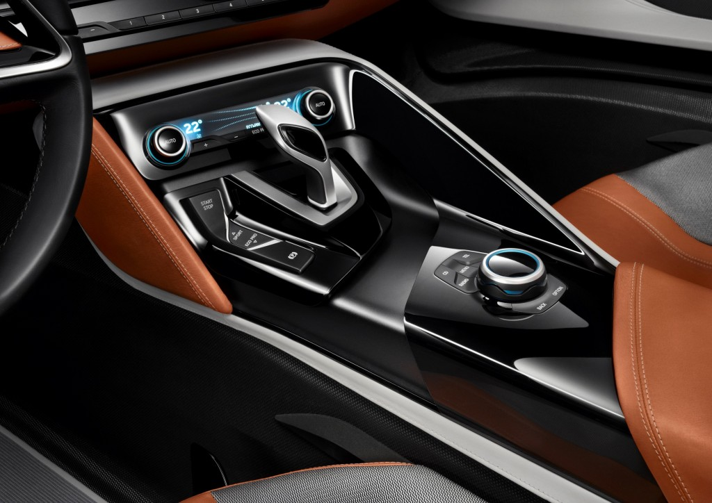 Bmw S Electric Range Grows With 2015 Bmw I8 Concept Spyder