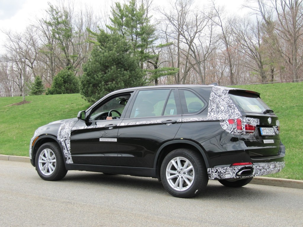 bmw x5 plug in hybrid prototype we drive future electric suv. Black Bedroom Furniture Sets. Home Design Ideas