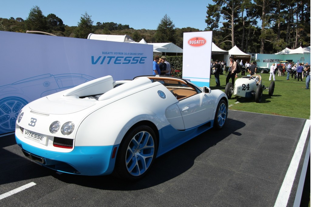 special edition bugatti veyron grand sport vitesse at pebble beach. Black Bedroom Furniture Sets. Home Design Ideas