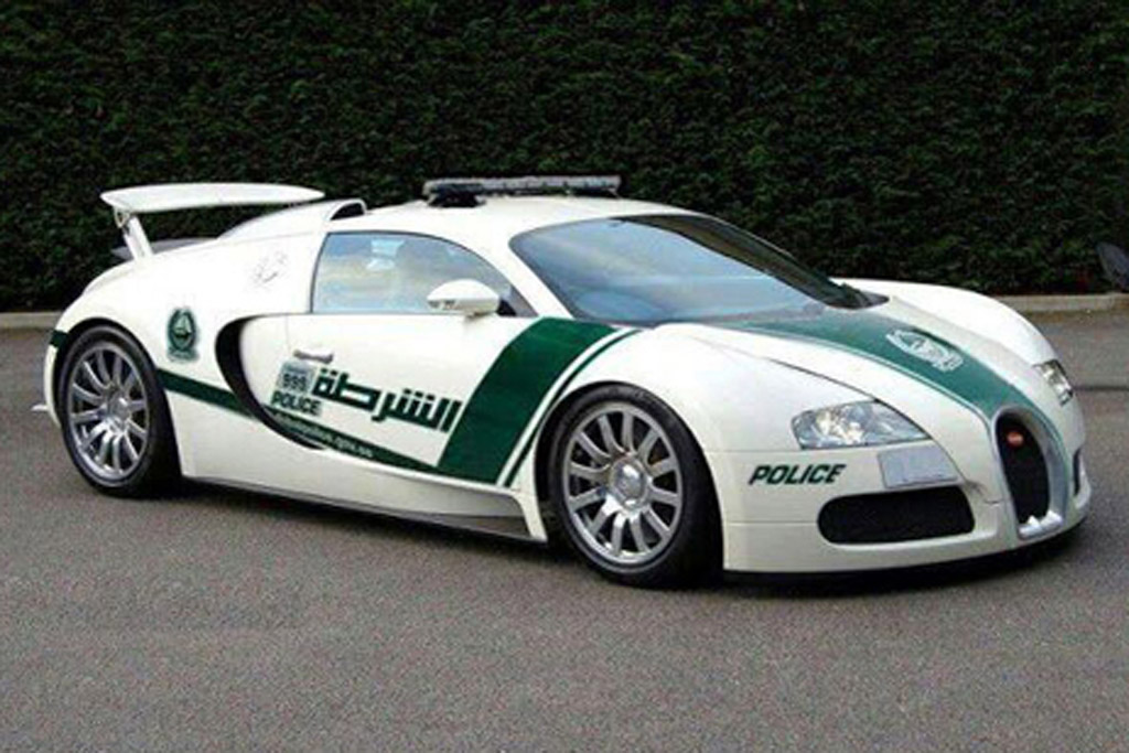 it s finally happened bugatti veyron joins dubai police fleet. Black Bedroom Furniture Sets. Home Design Ideas