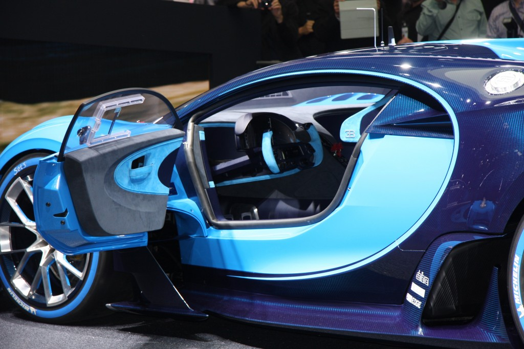 bugatti previews veyron successor with vision gt concept live photos v. Black Bedroom Furniture Sets. Home Design Ideas