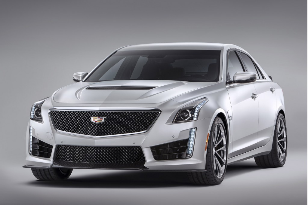 2016 cadillac cts v does a burnout in its first driving. Black Bedroom Furniture Sets. Home Design Ideas