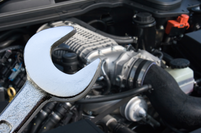 Maintenance guides the car connection Auto motor repair