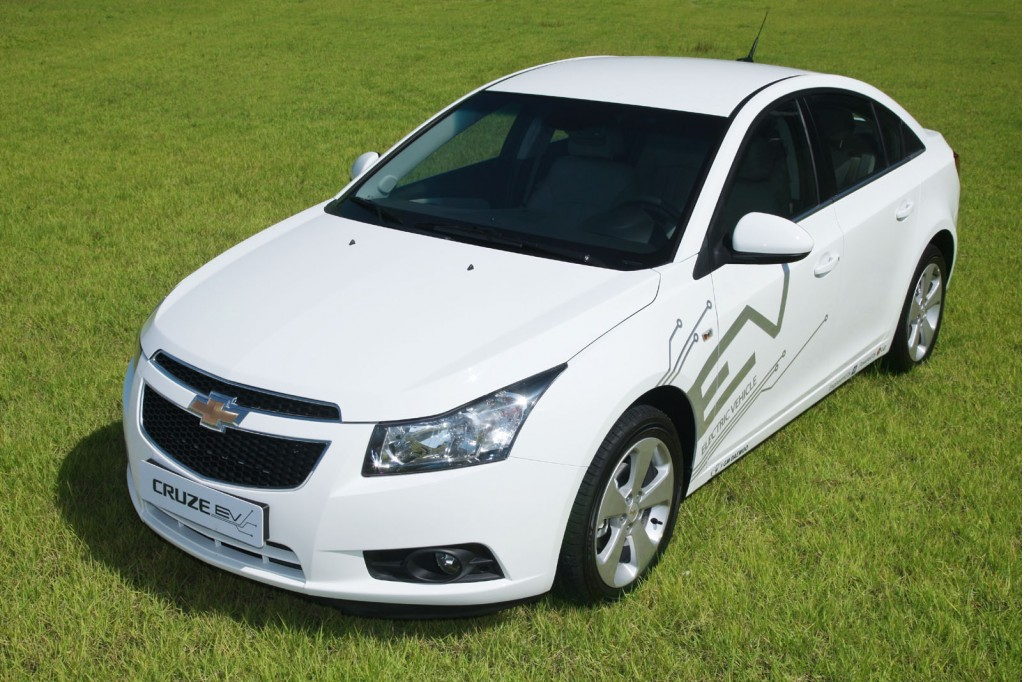 2011 Chevy Cruze EV Test Vehicle