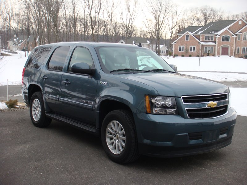review and test drive 2009 chevrolet tahoe 4wd hybrid. Black Bedroom Furniture Sets. Home Design Ideas