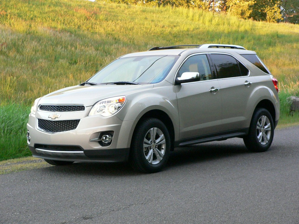2012 chevrolet equinox chevy pictures photos gallery the car connection. Black Bedroom Furniture Sets. Home Design Ideas