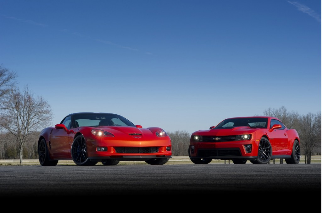 Image Chevy S Corvette Zr1 And Camaro Zl1 Size 1024 X