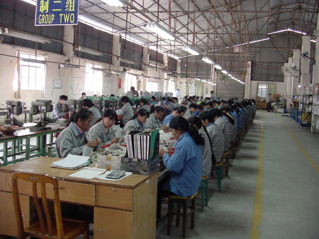 Image Chinese Factory Workers Size 1024 X 768 Type