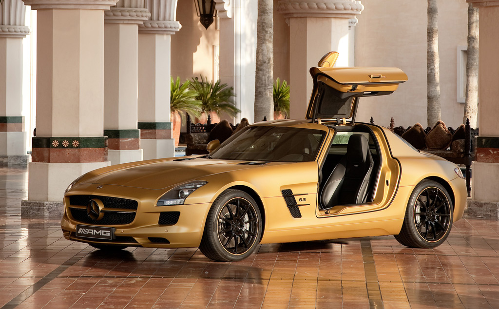 desert gold 2010 mercedes benz sls amg to star in dubai