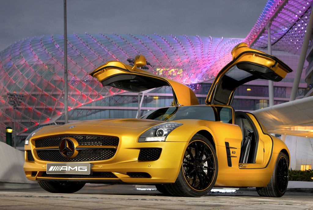http://images.thecarconnection.com/lrg/desert-gold-2010-mercedes-benz-sls-amg_100300778_l.jpg