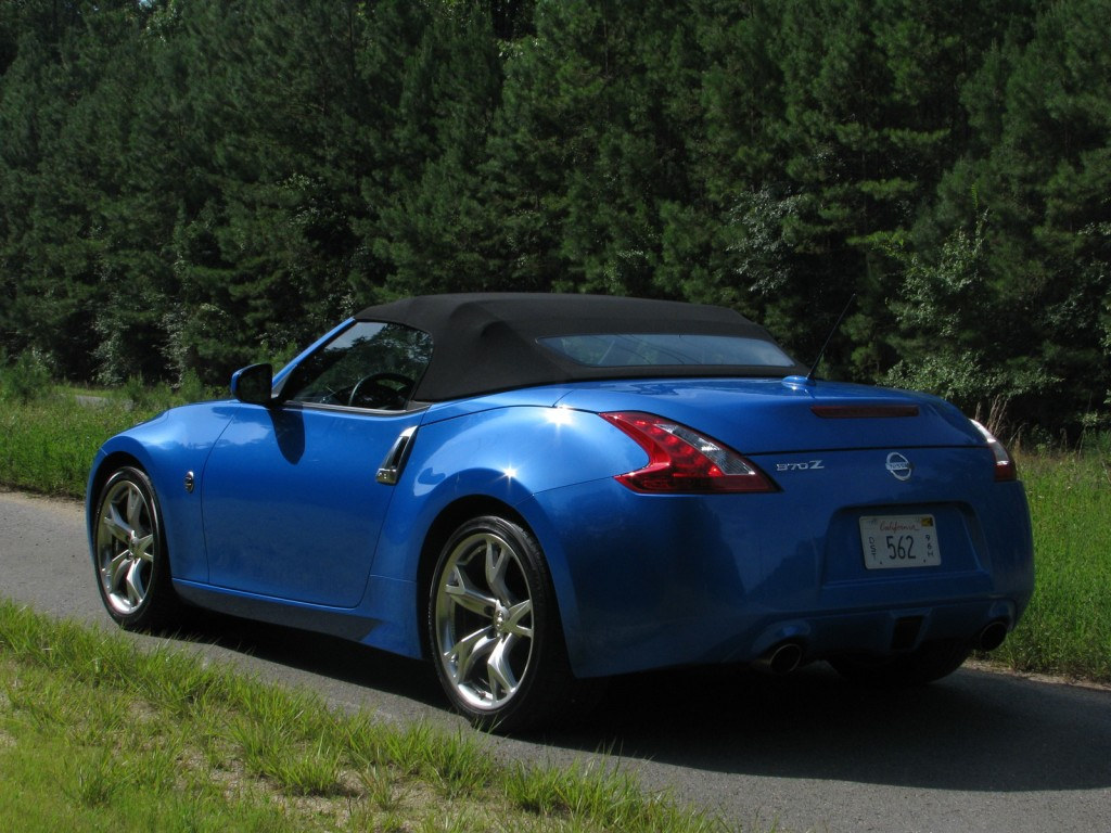2010 nissan 370z pictures photos gallery motorauthority. Black Bedroom Furniture Sets. Home Design Ideas
