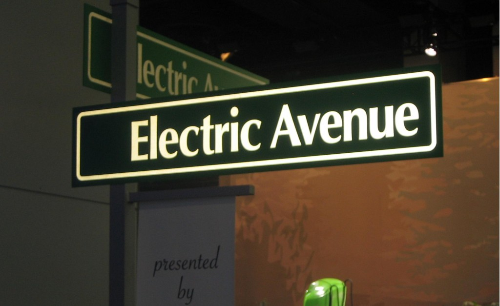 2010 Detroit Auto Show The Confusing Wrongness Of Electric Avenue