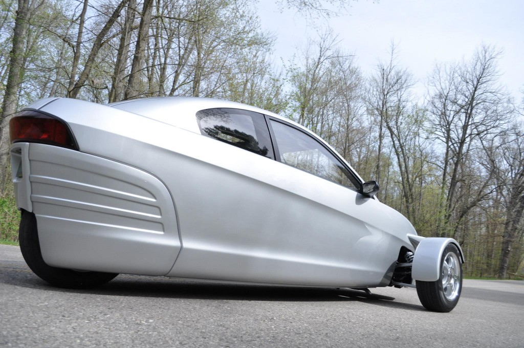 3 Wheeled 84 Mpg Elio Moves A Step Closer To Reality