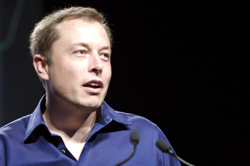 Tesla Ceo Elon Musk Calls Hydrogen Fuel Cell Cars Quot Waste