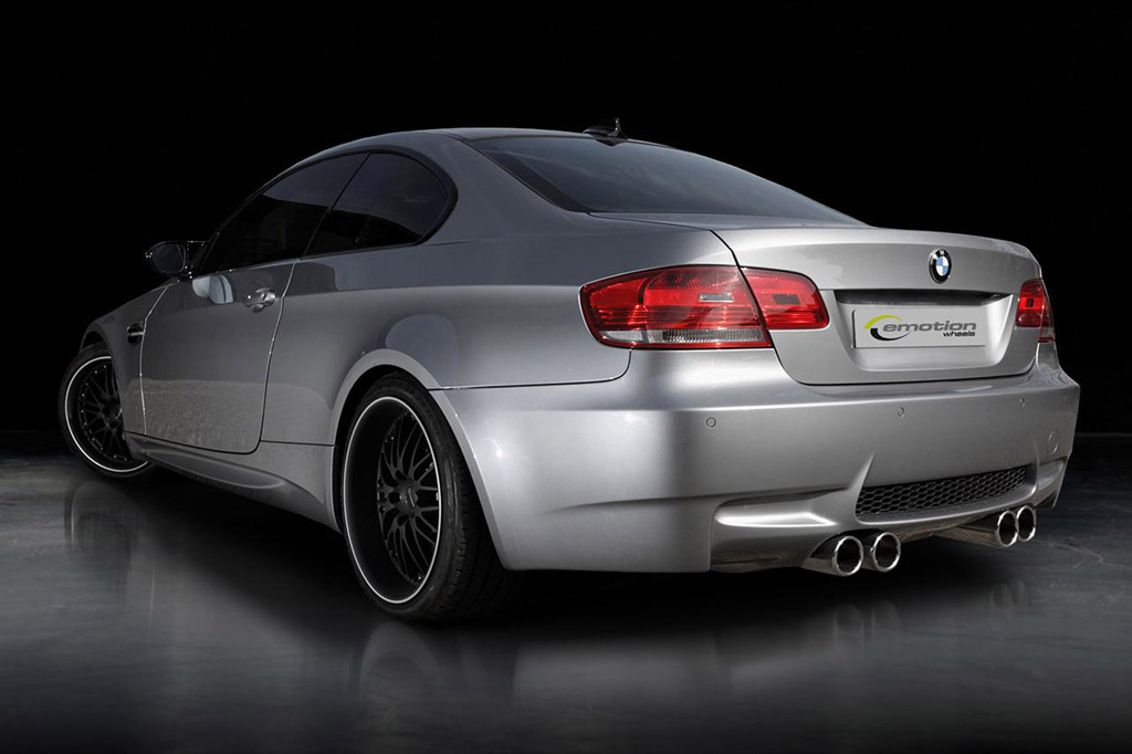 Twin Turbo V 8 Shoehorned Into Bmw M3 By Emotion Wheels
