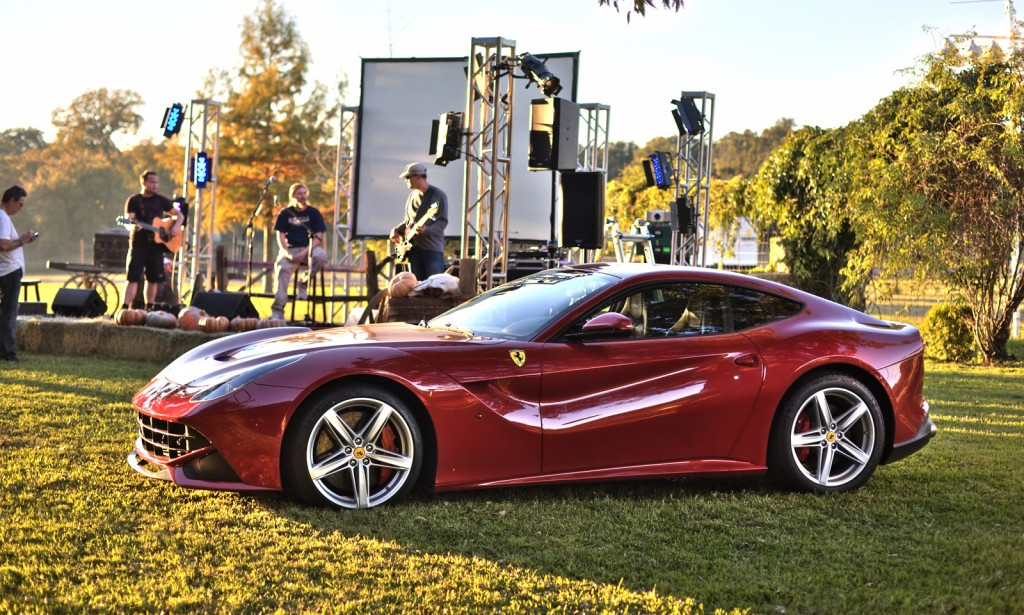 first ferrari f12 berlinetta delivered to u s sells for million. Black Bedroom Furniture Sets. Home Design Ideas