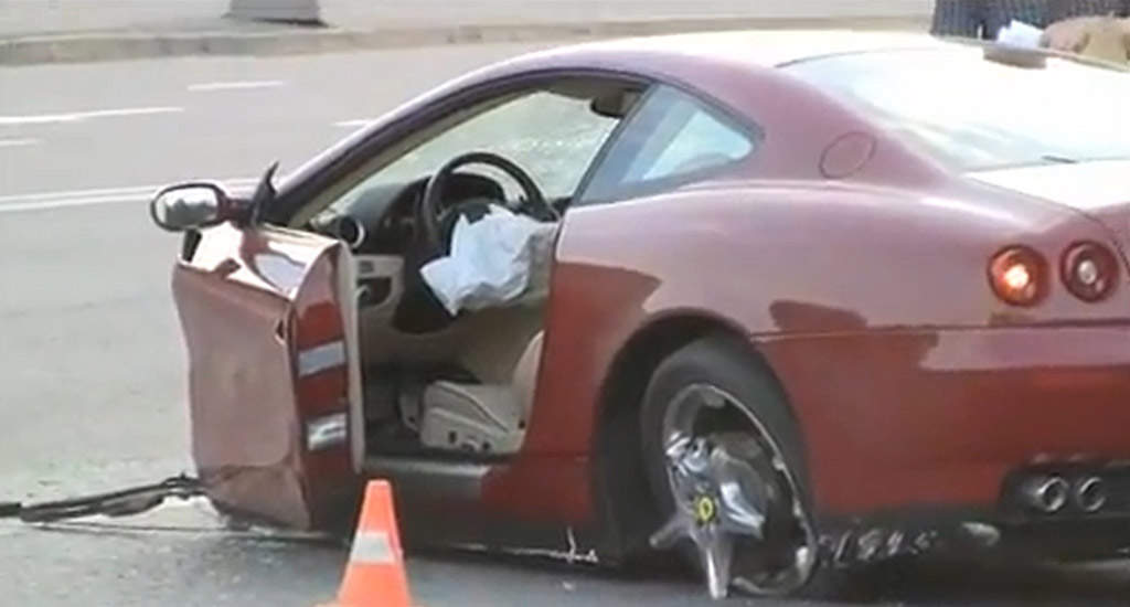 Ferrari 612 Scaglietti Torn Apart During Crash Video