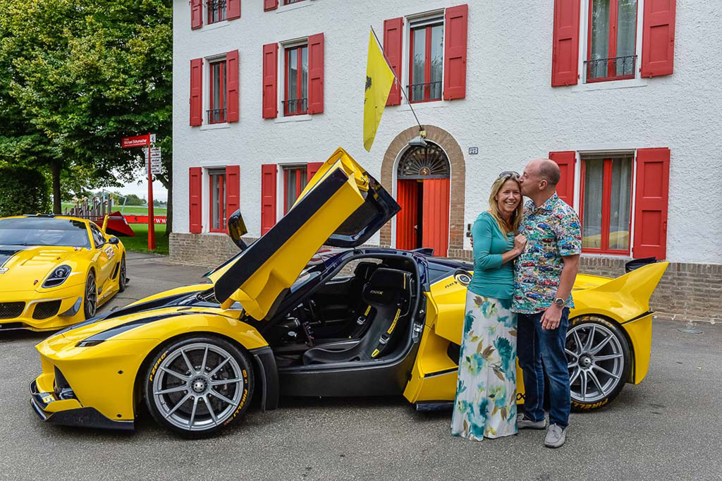 http://images.thecarconnection.com/lrg/ferrari-laferrari-fxx-k-bought-by-google-executive-benjamin-sloss-for-wife-christine_100524790_l.jpg