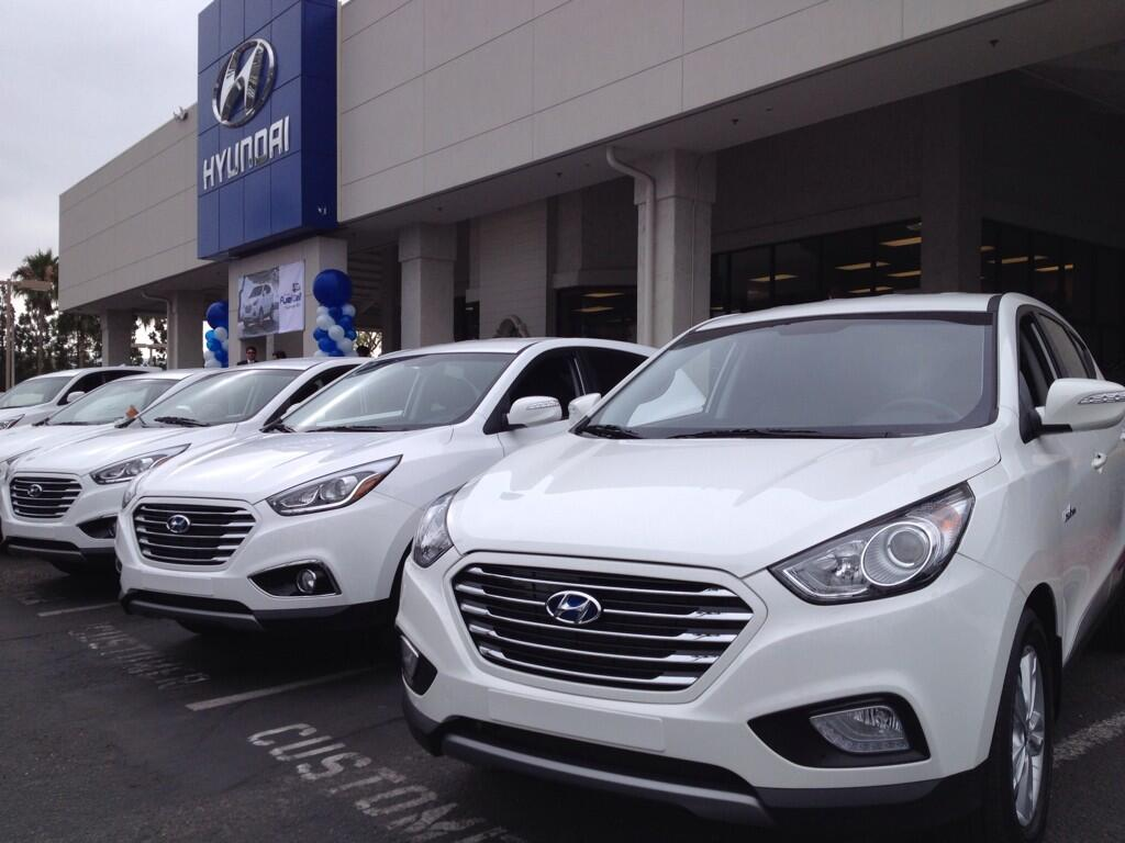 first 2015 hyundai tucson fuel cell delivered in california. Black Bedroom Furniture Sets. Home Design Ideas