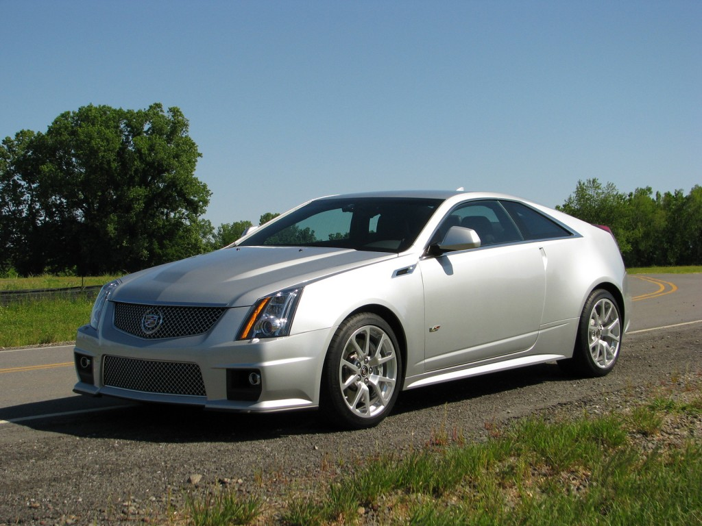 first ride 2011 cadillac cts v coupe. Black Bedroom Furniture Sets. Home Design Ideas