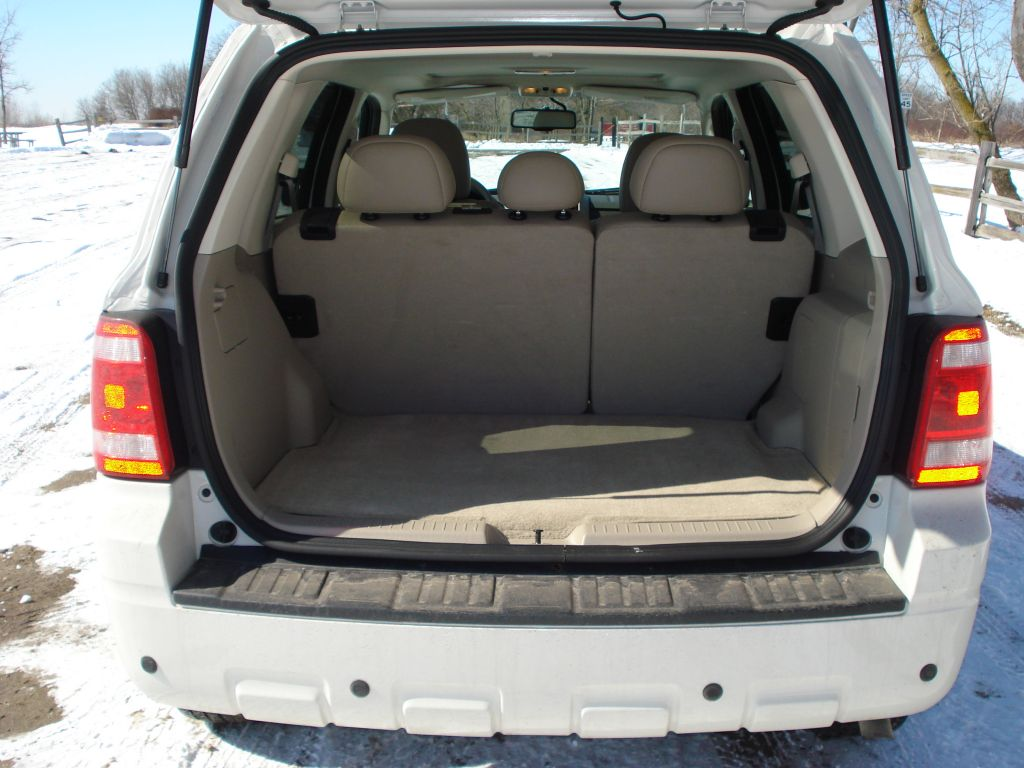 Image Ford Escape Hybrid Cargo Space Seats Up Size