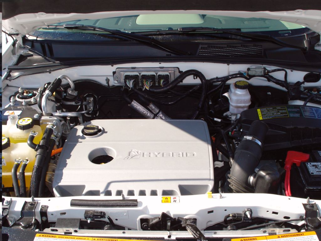 Image Ford Escape Hybrid Under The Hood Size 1024 X 768