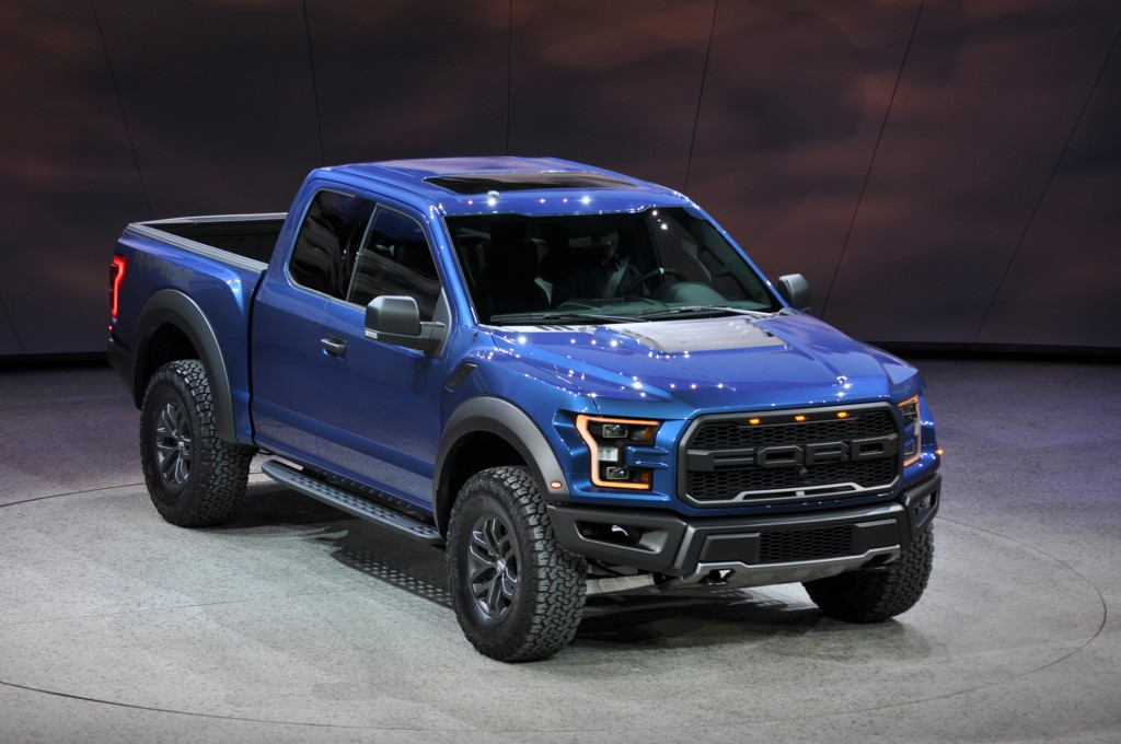 2017 ford f 150 raptor revealed with ecoboost v 6 and 10 speed auto. Black Bedroom Furniture Sets. Home Design Ideas