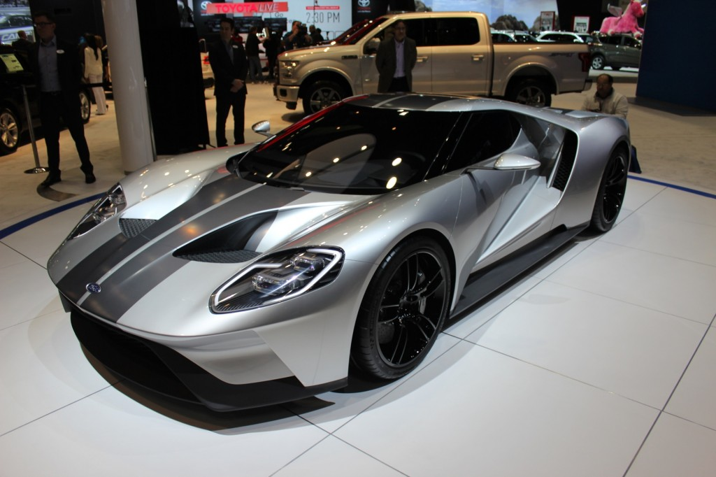 The ford gt will cost 400 000 sell 250 per year for How much is a motor for a car