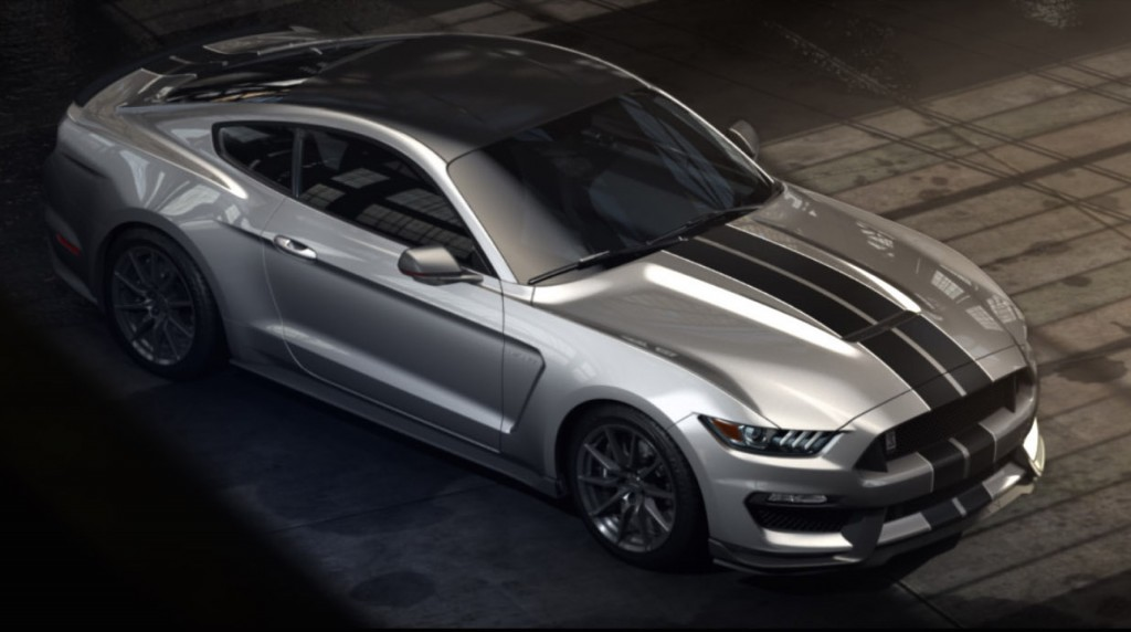 2016 shelby gt350 top performance ford mustang charges out. Black Bedroom Furniture Sets. Home Design Ideas
