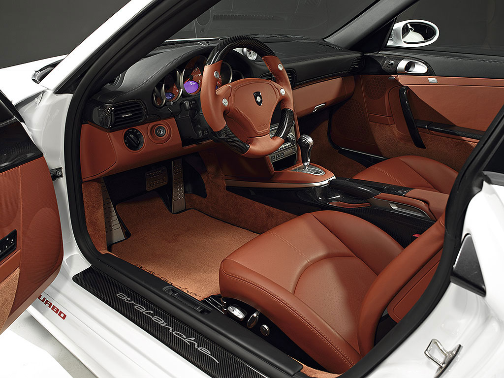 gemballa avalanche gtr 550 based on 911 targa. Black Bedroom Furniture Sets. Home Design Ideas