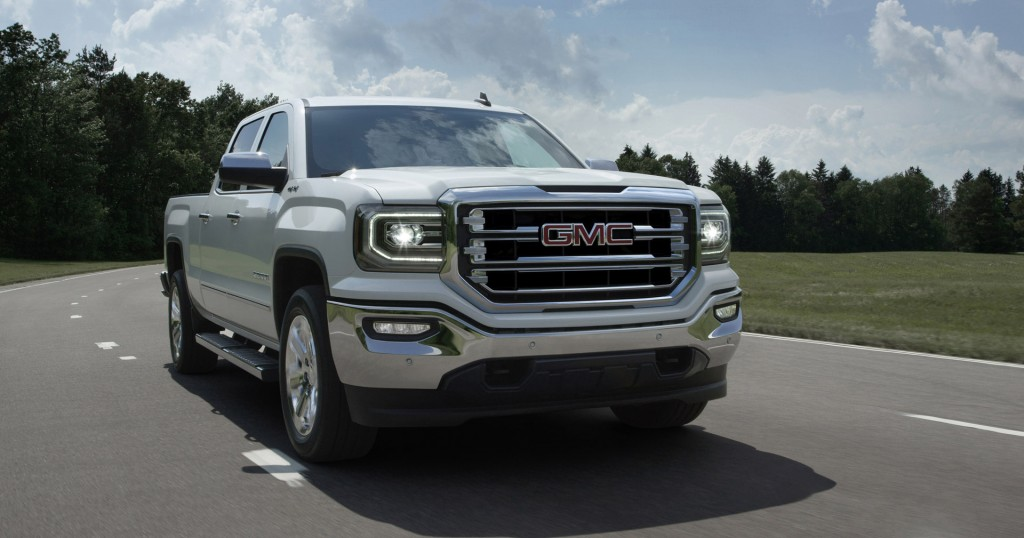2016 gmc sierra 1500 first look. Black Bedroom Furniture Sets. Home Design Ideas