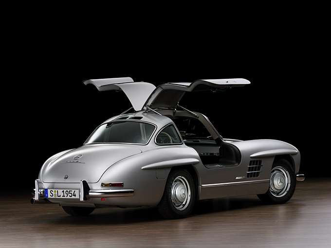 germany s gullwing dishes out another 300sl gullwing replica. Black Bedroom Furniture Sets. Home Design Ideas