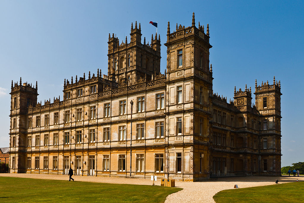 Highclere castle site of the tv series downton abbey photo by richard munck - Downton abbey chateau ...