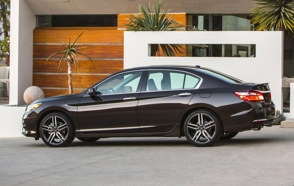 2016 honda accord gets sharp new look loads more tech for New honda accord 2016