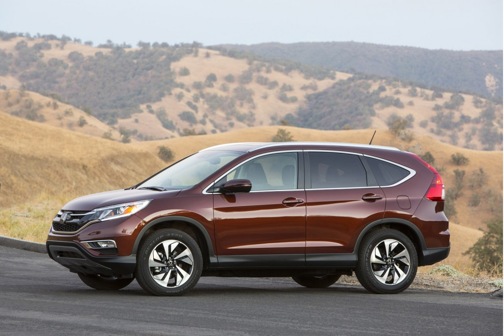 2015 honda cr v new engine cvt for higher gas mileage new features mild restyle. Black Bedroom Furniture Sets. Home Design Ideas