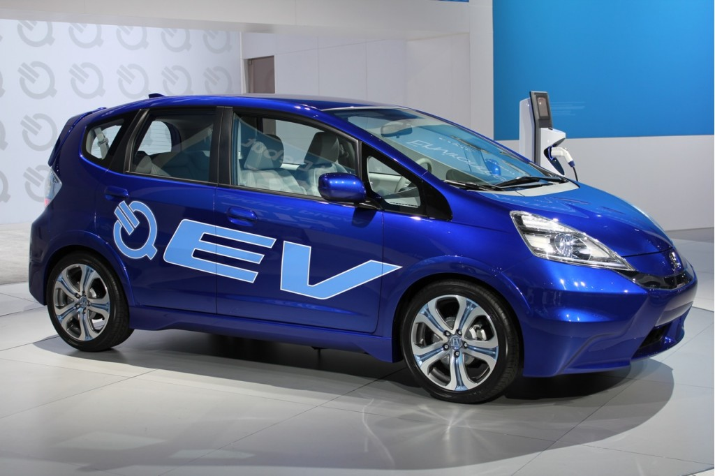 Electric honda fit hits the road in ca accord plug in for Honda fit electric